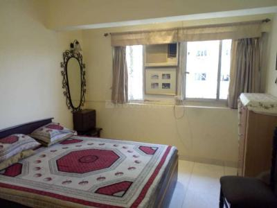 Gallery Cover Image of 600 Sq.ft 1 BHK Apartment for rent in Cuffe Parade for 110000