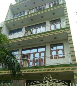Gallery Cover Image of 1200 Sq.ft 2 BHK Independent Floor for rent in Sigma III Greater Noida for 10000