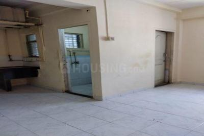 Gallery Cover Image of 225 Sq.ft 1 RK Apartment for rent in Malad West for 8940