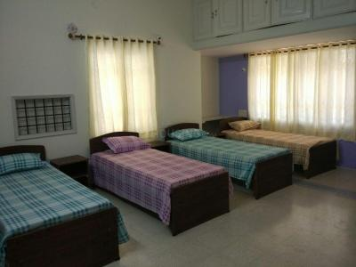Bedroom Image of Comfort Ladies PG in Koramangala