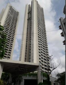 Gallery Cover Image of 890 Sq.ft 2 BHK Apartment for rent in Andheri West for 60000