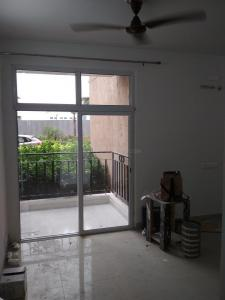 Gallery Cover Image of 1065 Sq.ft 2 BHK Apartment for rent in Nirala Aspire, Noida Extension for 8000