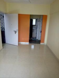 Gallery Cover Image of 650 Sq.ft 1 BHK Apartment for rent in Borivali West for 15000