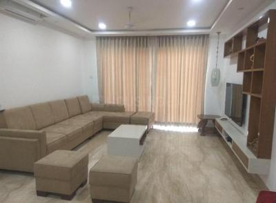 Gallery Cover Image of 2000 Sq.ft 3 BHK Apartment for rent in Hadapsar for 48000