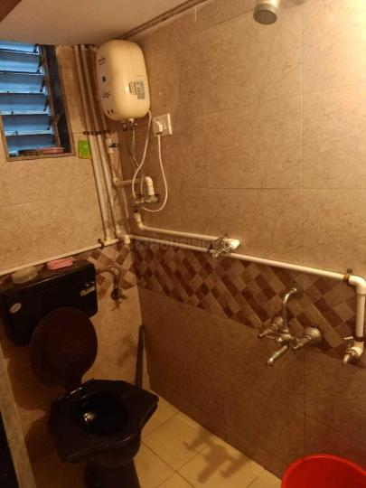 Bathroom Image of PG 4194280 Mulund East in Mulund East