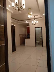 Gallery Cover Image of 1000 Sq.ft 3 BHK Apartment for buy in DLF Ankur Vihar for 2800000