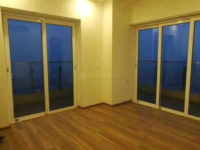 Gallery Cover Image of 2500 Sq.ft 3 BHK Apartment for rent in Parel for 90000