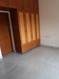 Gallery Cover Image of 2200 Sq.ft 3 BHK Villa for rent in Prestige Ozone, Whitefield for 60000