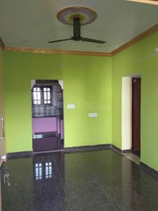 Gallery Cover Image of 1500 Sq.ft 2 BHK Independent House for rent in Hosur for 6500