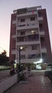 Gallery Cover Image of 950 Sq.ft 2 BHK Apartment for rent in Dhanori for 18000