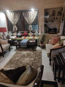 Gallery Cover Image of 1050 Sq.ft 1 BHK Apartment for rent in Palam for 38000