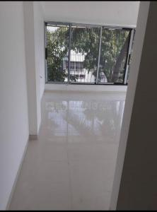 Gallery Cover Image of 1700 Sq.ft 3 BHK Apartment for buy in Govind Kunj Apartment, Vile Parle West for 52500000
