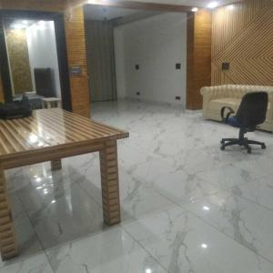 Gallery Cover Image of 3000 Sq.ft 3 BHK Independent Floor for rent in Sector 47 for 58000