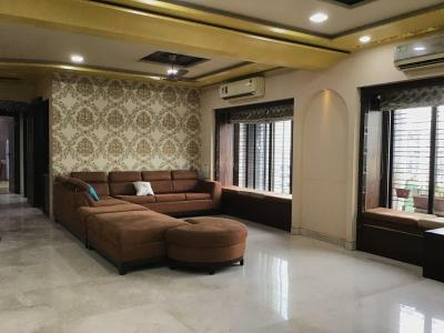 Gallery Cover Image of 2200 Sq.ft 5 BHK Apartment for rent in Andheri East for 150000
