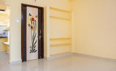 Gallery Cover Image of 400 Sq.ft 1 BHK Independent House for rent in Kismatpur for 5800
