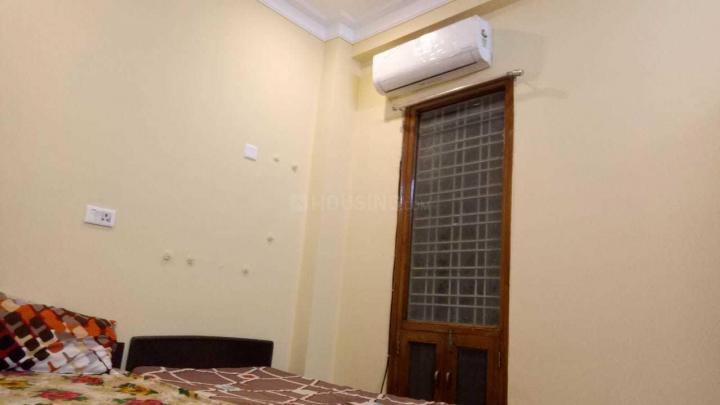 Bedroom Image of Apna PG in Sector 38
