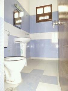 Bathroom Image of PG 4034976 Pul Prahlad Pur in Pul Prahlad Pur
