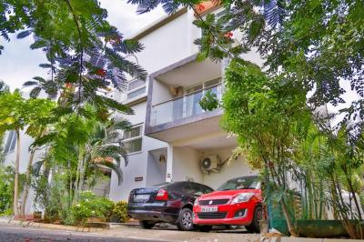 Gallery Cover Image of 3300 Sq.ft 5 BHK Villa for buy in Navalur for 27500000
