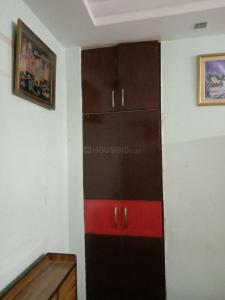 Gallery Cover Image of 500 Sq.ft 1 BHK Independent Floor for rent in H Block, Mahavir Enclave for 10000