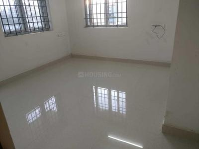 Gallery Cover Image of 1050 Sq.ft 2 BHK Apartment for rent in Kattupakkam for 10000