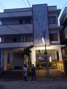 Gallery Cover Image of 780 Sq.ft 2 BHK Apartment for rent in Mugalivakkam for 13000