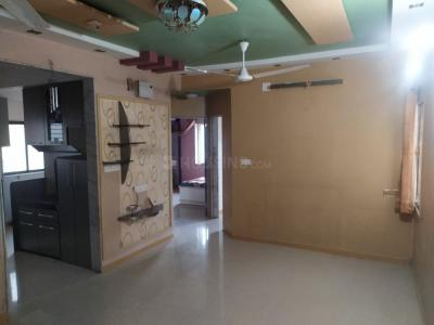 Gallery Cover Image of 900 Sq.ft 2 BHK Apartment for rent in Jivrajpark for 16000