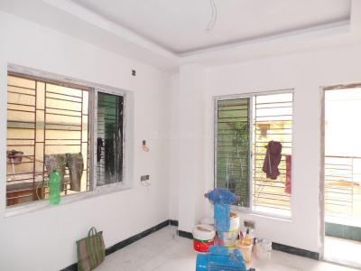 Gallery Cover Image of 450 Sq.ft 1 RK Apartment for buy in Lake Town for 2750000
