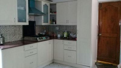 Gallery Cover Image of 1000 Sq.ft 3 BHK Independent Floor for rent in Kondhwa for 32000