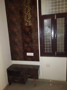 Gallery Cover Image of 800 Sq.ft 2 BHK Independent Floor for rent in sector 73 for 11000