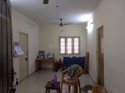 Gallery Cover Image of 900 Sq.ft 2 BHK Apartment for rent in Rajakilpakkam for 10000
