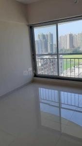 Gallery Cover Image of 750 Sq.ft 1 BHK Apartment for rent in Royal Oasis, Malad West for 24000
