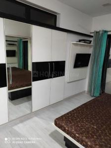 Gallery Cover Image of 1250 Sq.ft 2 BHK Apartment for rent in Raheja Heights, Malad East for 50000