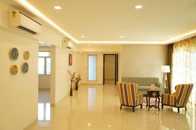 Gallery Cover Image of 1730 Sq.ft 4 BHK Apartment for buy in Tridhaatu Aum, Govandi for 41550000