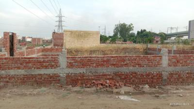Gallery Cover Image of 450 Sq.ft Residential Plot for buy in Sector 81 for 700000