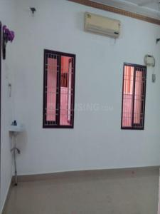Gallery Cover Image of 950 Sq.ft 2 BHK Independent Floor for rent in Ramapuram for 12000