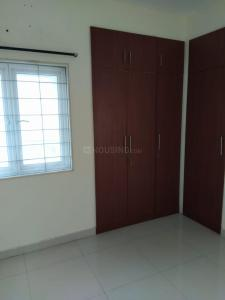 Gallery Cover Image of 1000 Sq.ft 2 BHK Apartment for rent in Sai Apartment, Velachery for 20000
