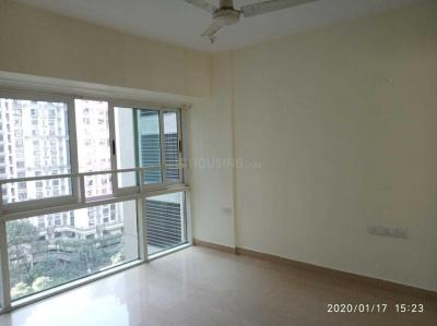 Gallery Cover Image of 1500 Sq.ft 3 BHK Apartment for rent in Kandivali East for 41000