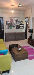 Gallery Cover Image of 750 Sq.ft 1 BHK Apartment for rent in Navrang Apartment, Chembur for 35000