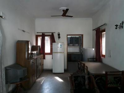 Gallery Cover Image of 1100 Sq.ft 2 BHK Apartment for rent in Arun Vihar, Sector 37 for 18000