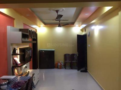 Gallery Cover Image of 1400 Sq.ft 3 BHK Apartment for rent in Lake Town for 24000