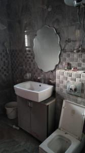 Bathroom Image of 2500 Sq.ft 3 BHK Apartment for buy in Sector 11 Dwarka for 19500000