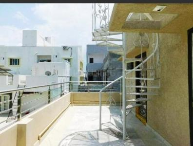 Gallery Cover Image of 3200 Sq.ft 4 BHK Villa for buy in Puppalaguda for 23000000