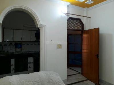 Gallery Cover Image of 600 Sq.ft 1 BHK Apartment for rent in Sector 50 for 16000