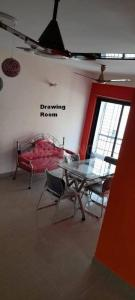 Gallery Cover Image of 900 Sq.ft 2 BHK Apartment for rent in Chinar Park for 18000