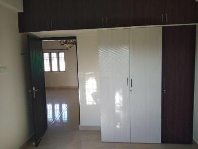 Gallery Cover Image of 750 Sq.ft 1 BHK Apartment for rent in Vadapalani for 20000