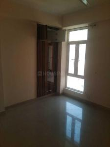 Gallery Cover Image of 925 Sq.ft 2 BHK Apartment for rent in Noida Extension for 6000