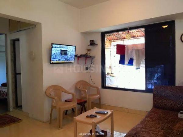 Living Room Image of 560 Sq.ft 1 BHK Apartment for rent in Andheri West for 30000