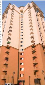 Gallery Cover Image of 835 Sq.ft 2 BHK Apartment for buy in Noida Extension for 3380000