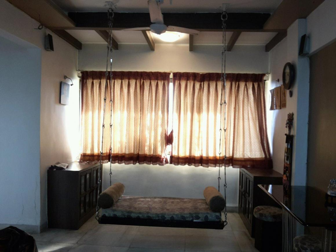 Living Room Image of 805 Sq.ft 2 BHK Apartment for rent in Borivali West for 27000