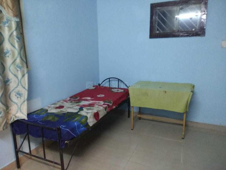 Bedroom Image of Mukesh Mens Accommodation in Shanti Nagar